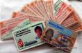Embercsempészek számára hamisított okmányok