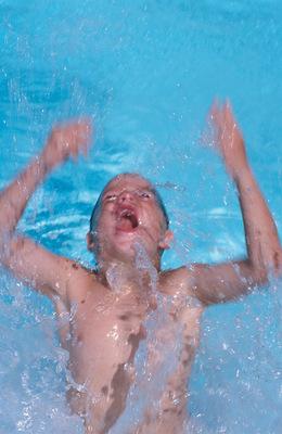 Csak 1-2 percig lehetünk víz alatt