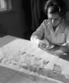 Újfajta ólomkristály készletek készülnek a Parádi Üveggyárban