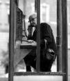 Egy régi telefonfülkében