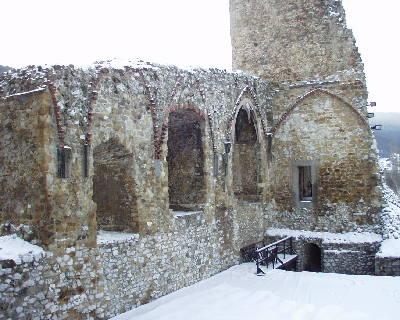 A diósgyőri vár déli palotaszárnya