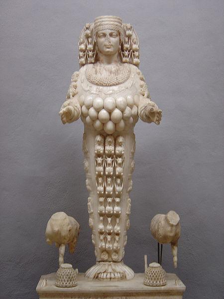 450px-Selçuk_statue_Artemis
