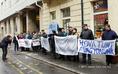 Az Uniontext dolgozói tüntettek Győrött
