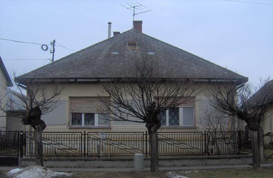 Falusi lakóház