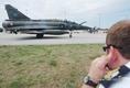 Repülőgép kereszt-kiszolgálási gyakorlaton egy francia Mirage