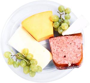 A húsok és a sajtok sok fehérjét tartalmaznak