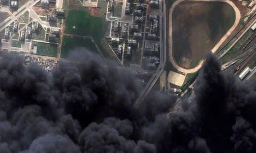 Szíriai rombolás - Olajvezeték-égése-Szíria
