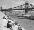 A Duna rakpartján