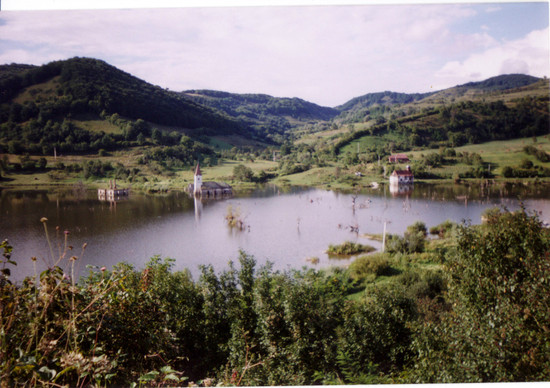 Mesterséges tó