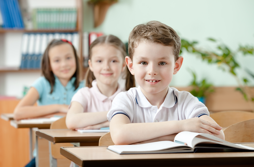 pupils_are_very_attentive_at_lessons