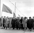 Az elkészült a Sztálin hídon elsőként a párt és a kormány vezetői haladtak át
