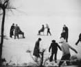Élet a Balaton jegén